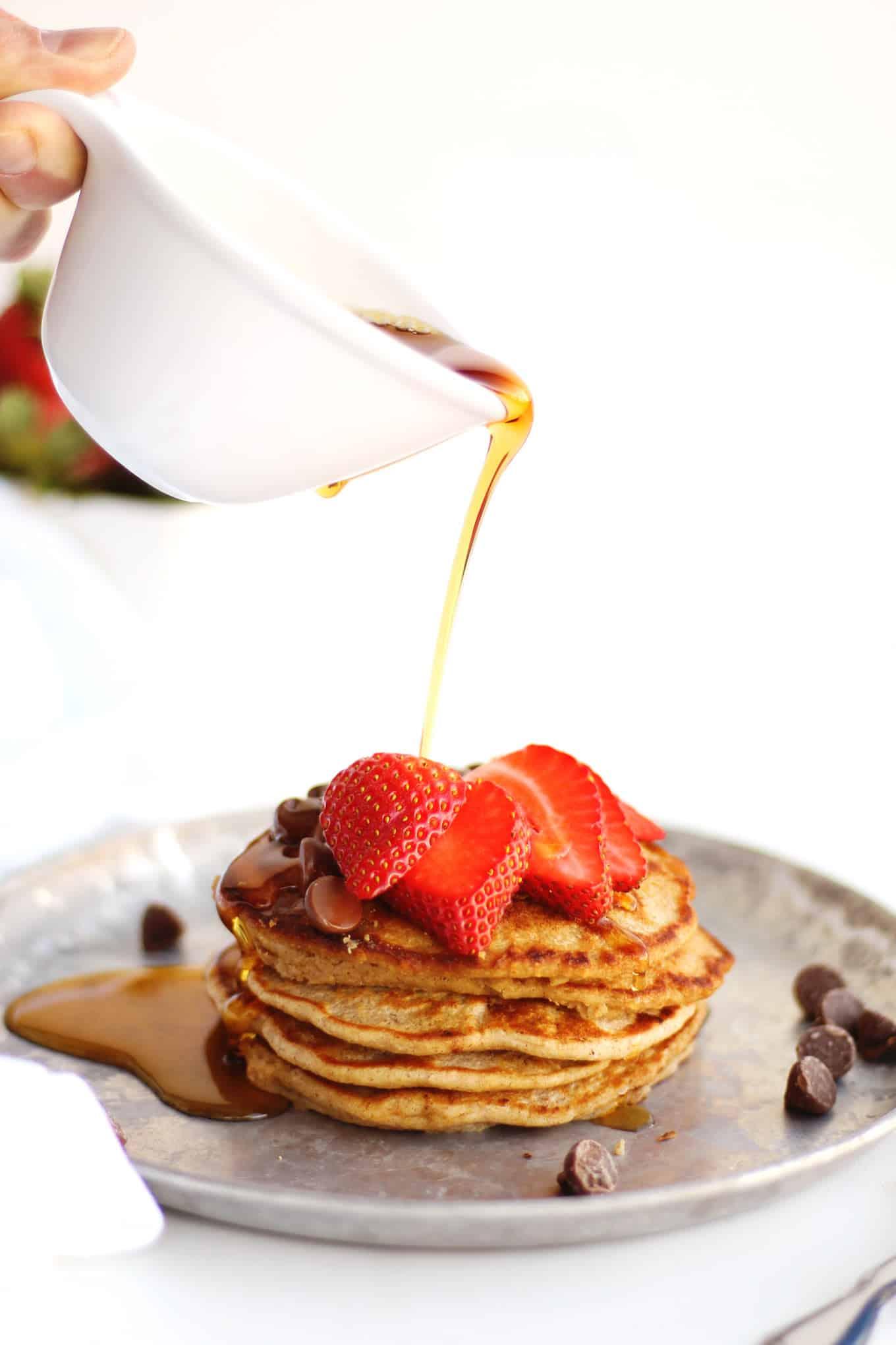 Healthy yogurt oat flour pancakes recipe