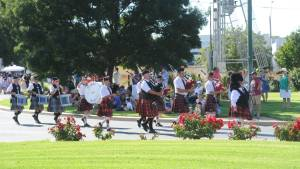 Wagga and District Highland Pipe Band marching in the 2017 Street Parade