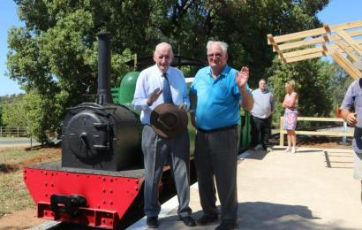 The Hon. Tim Fischer AC and Mr Peter Neve OAM — two rail enthusiasts