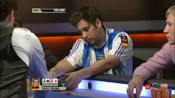 Juan Maceiras en la mesa final del EPT Madrid 2011. Imagen: Youtube.com
