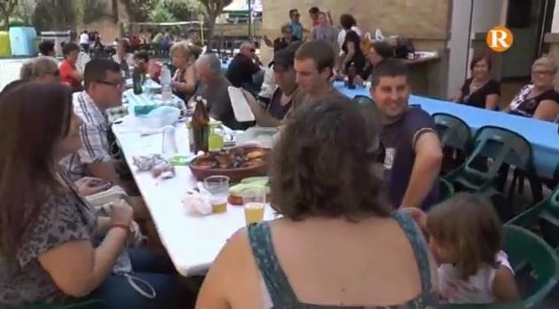 Èxit de participació en l'aplec de cassoles d'arròs al forn de l'Alcúdia