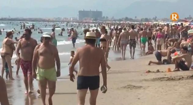 Els hostalers de Cullera valoren positivament la campanya d'estiu
