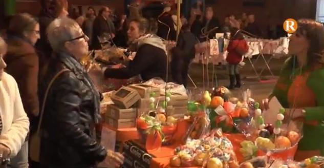 La II Shopping Night ompli de gent la zona comercial del Parc Pere Crespí