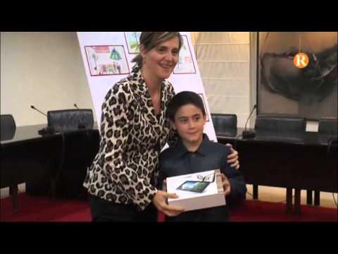 L'alcaldessa lliura els premis als millors dibuixos escolars de la campanya 'Tots som responsables'