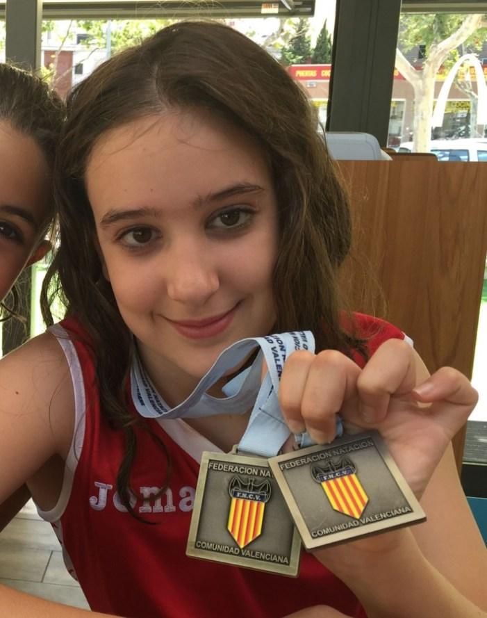 La carletina Sarah Clemente es proclama campiona autonòmica de natació sincronitzada