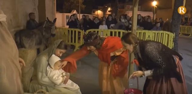L'Alcúdia dona la benvinguda als Reis Mags amb la tradicional cavalcada medieval