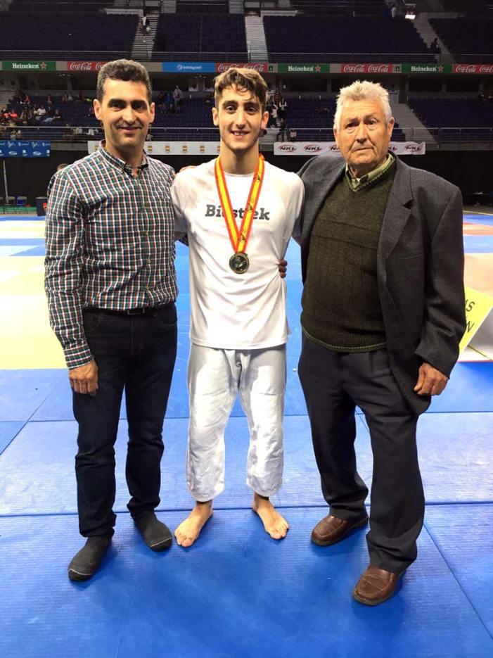 El alzireño Alberto Varela se ha proclamado campeón de España Cadete de Judo