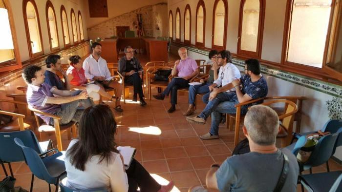 Susanna Rubió i Seguí, regidora de Medi Ambient de l'Ajuntament de Sumacàrcer, es reuneix a Anna amb el Diputat Antonio Montiel