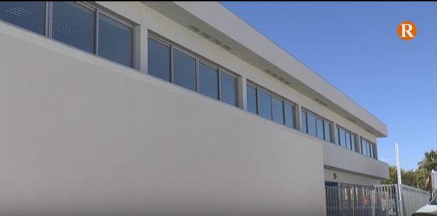 El trasllat del col·legi de El Perelló serà al mes de juliol segons Conselleria