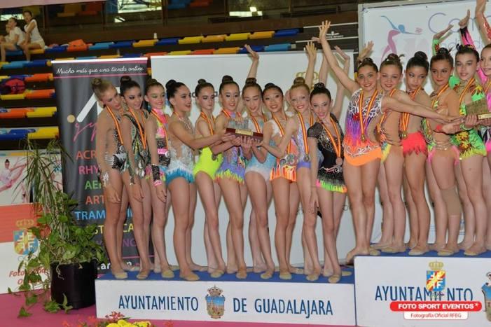 Tres gimnastas del CEGA Almussafes, subcampeonas nacionales por autonomías