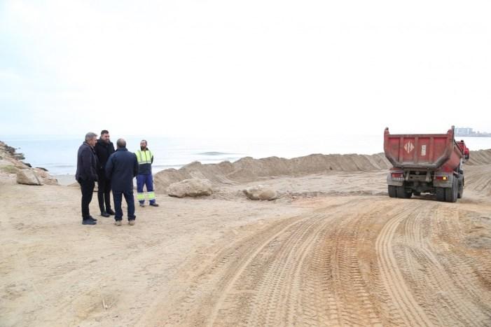22.000 tones d'arena per a regenerar les platges de Cullera.22.000 tones d'arena per a regenerar les platges de Cullera    La localitat preveu que els treballs de recuperació acaben per a Falles