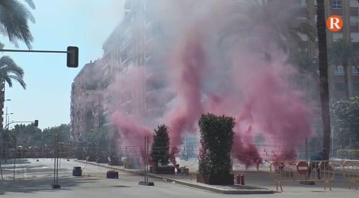 Marzà i Amigó en la mascletà del 16 de març d'Alzira