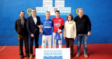 El pilotari Luis de la Vega reedita el títol de campió de 4 i ½ de frontó d'Almussafes