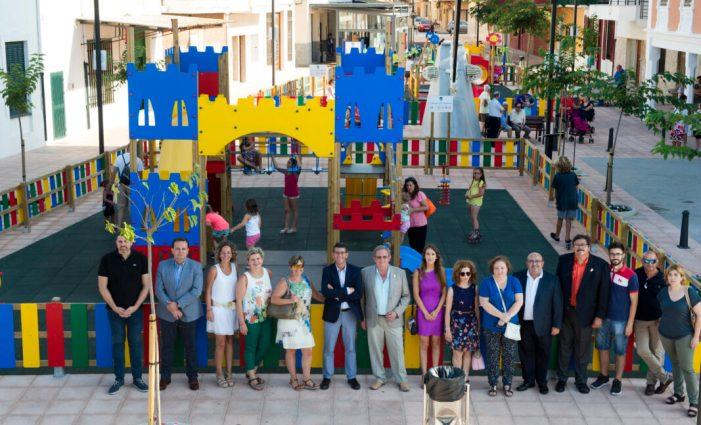 La inauguració del Parc Infantil