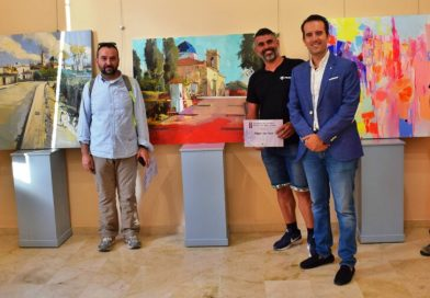 Miguel Soro guanya un Concurs de Pintura a l'Aire Lliure d'Alberic que duplica els participants Alberic va traure un any més l'art al carrer.