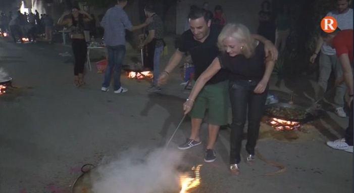 Més de 400 persones participen de les Paelles Nocturnes de Tous