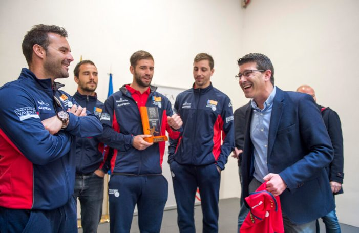 """Rodríguez als campions del món de pilota: """"La Diputació us seguirà donant suport perquè sou un orgull per a València"""""""