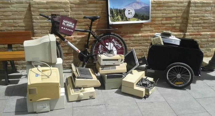 Cullera arreplega aparells electrònics per a conscienciar sobre el seu reciclatge