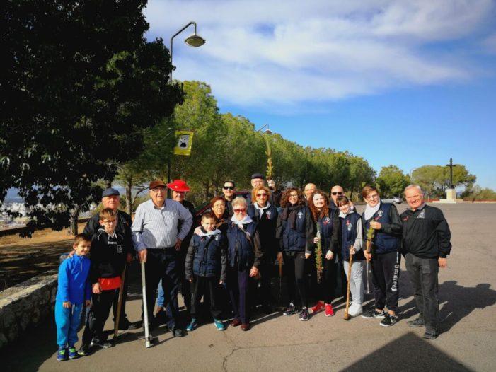 """La comisión de fiestas Sant Antoni Abat ha celebrado el pasado sábado la VII edición """"PLANTA UN ARBOL"""" en colaboración con Medio Ambiente de Alzira."""