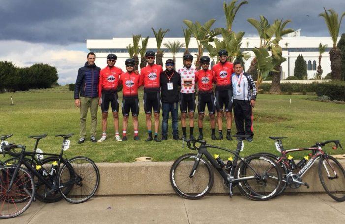 El ciclista almussafeny Eric Valiente, segon per equips en la seua primera competició a Àfrica