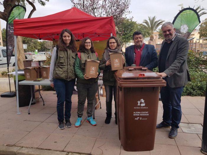 El pla pilot de reciclatge de matèria orgànica supera la seua previsió i aconseguix 950 voluntaris adherits en la primera fase