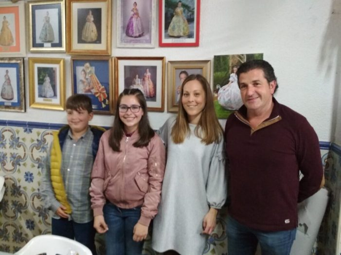 Falleres Majors 2019 de la Falla Av. Josep Pau d'Alzira i Presidents
