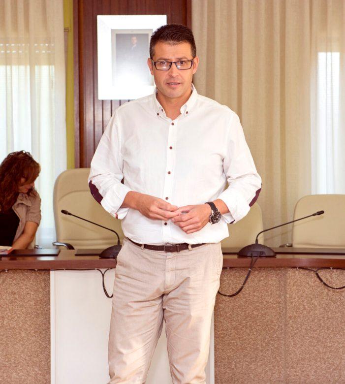 L'executiu municipal d'Almussafes redueix el deute de l'Ajuntament a la meitat en tres anys