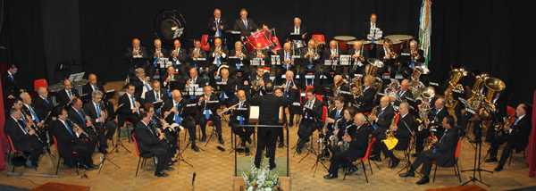 Benimodo acull el concert de l'Agrupació Musical de Veterans de la Ribera i una obra de teatre