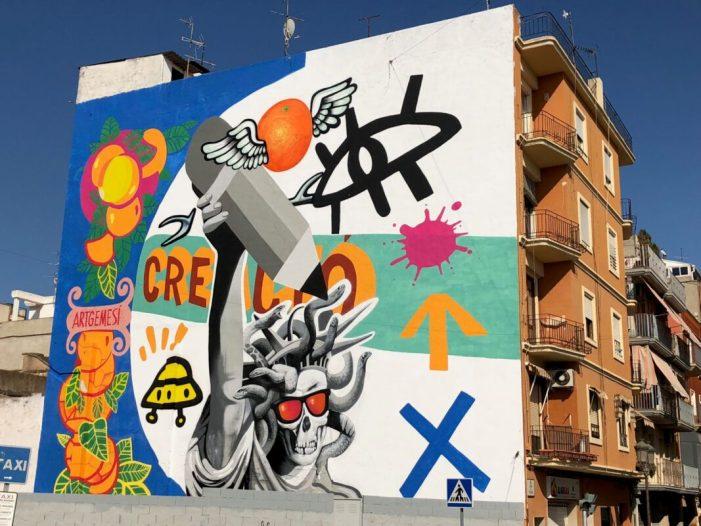Artgemesí acaba el mural artístic ubicat enfront de l'estació de Renfe