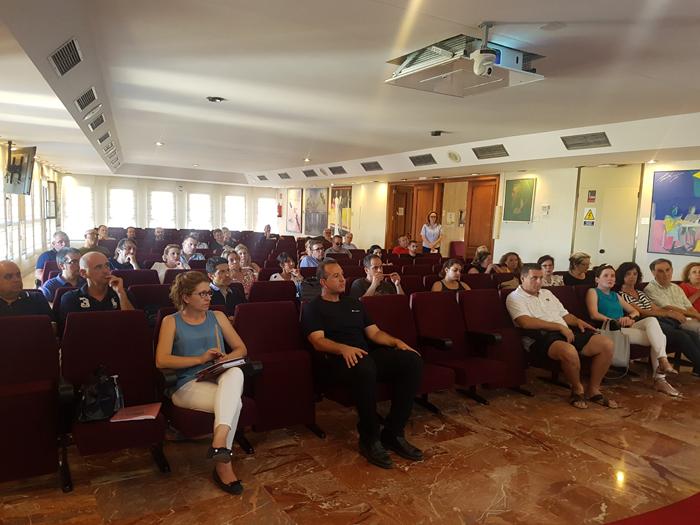 L'Ajuntament d'Alzira anima i assessora als licitadors perquè s'inscriguen en el ROLECE