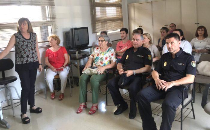 Prop de 200 professionals del Departament de Salut de la Ribera reben formació contra la violència de gènere