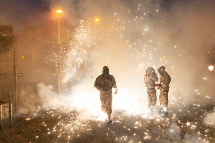 Llum, pólvora i color en la tradicional coetà de les Festes Majors a Picassent