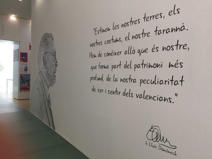 Alberic homenatja a Josep Lluís Doménech en posar el seu nom a la Biblioteca Municipal