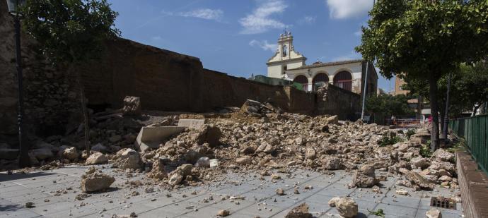 L'Ajuntament aprova la declaració d'emergència per a reconstruir el mur de les Sitges de Burjassot