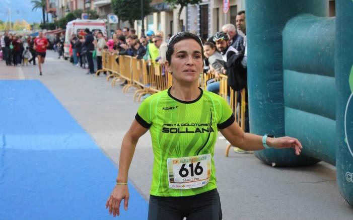Claudia Guillem i Fernando Hernández guanyen la XXXV Volta a Peu a Cullera
