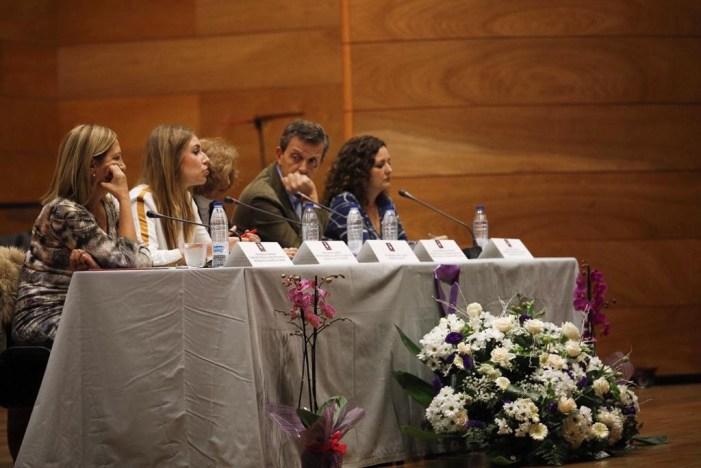 Judicatura, política i periodisme demanen a Cullera que la societat «assenyale» al masclisme