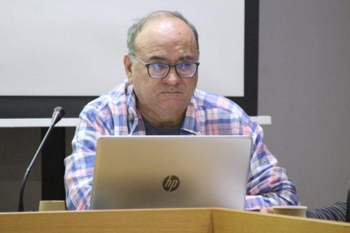 Paco Aràndiga explica el protocol de comunicació de l'Ajuntament de Godella