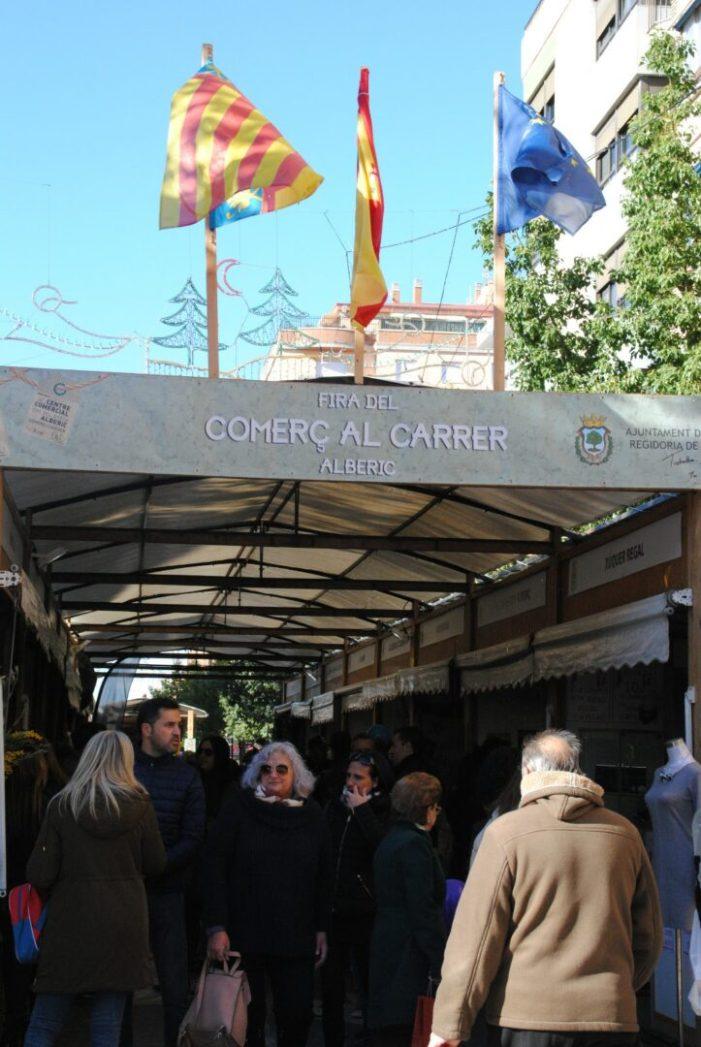 Alberic fomenta el comerç local amb una fira multitudinaria