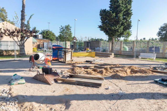 Millorem Picassent: Es renova la zona de jocs del parc del Poliesportiu Municipal