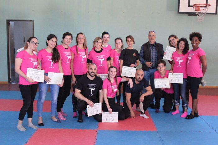 Èxit rotund de la segona edició del curs de defensa personal per a dones