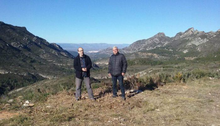 L'alcalde visita les actuacions que estan fent-se a la Casella