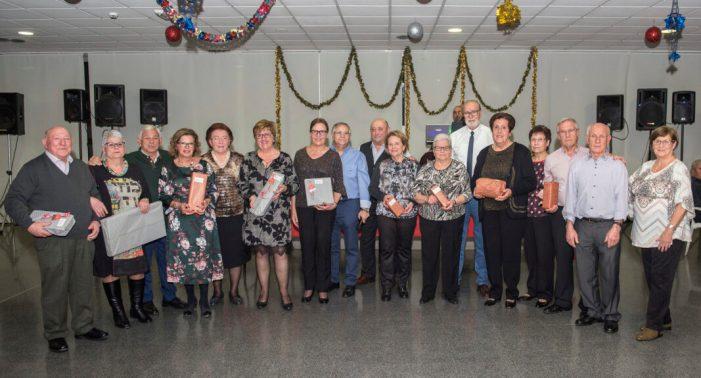 Els majors d'Almussafes celebren la festa de Reis amb el tradicional sopar del tortell