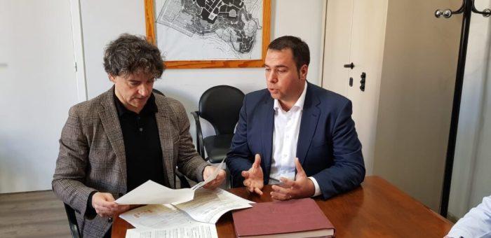 Colomer aposta per invertir en les poblacions d'interior perquè 'el turisme rural és el gran valor afegit que té la Comunitat Valenciana