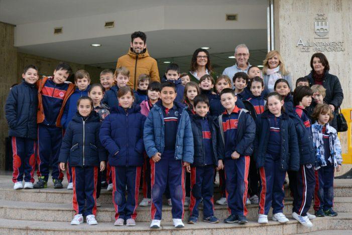 Visita de l'alumnat del col·legi La Inmaculada a l'Ajuntament de Paiporta