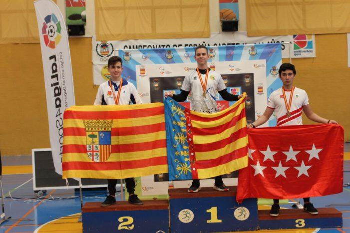 Emilio Lucha d'Almussafes, campió d'Espanya Cadet de Tir amb Arc en Sala