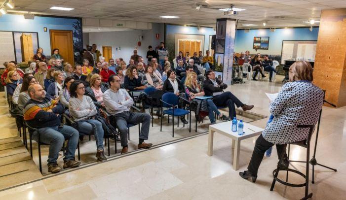 L'alcaldessa de Picassent es reuneix amb les associacions i els col·lectius del poble per explicar-los el pressupost i les inversions de futur previstes per a 2019
