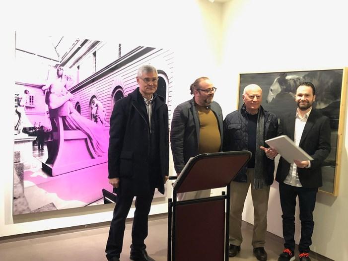 La Sala d'Exposicions del Casino acull la mostra d'obres finalistes del XXIV Premi de Pintura Ciutat d'Algemesí
