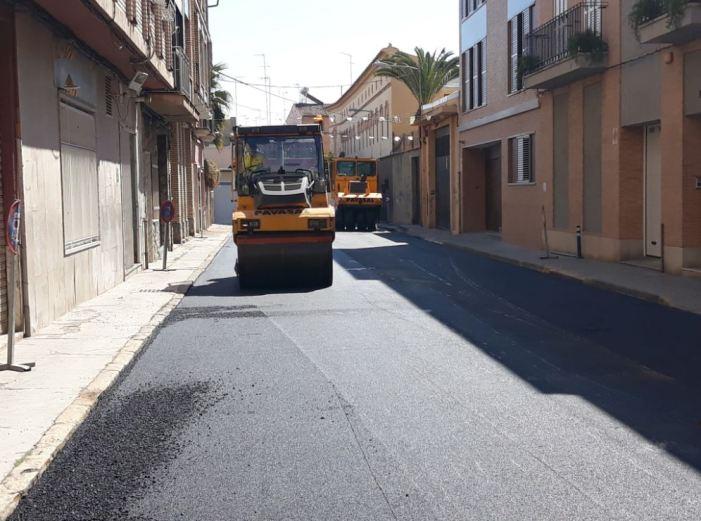 L'Ajuntament inverteix 40.000 € en l'asfaltatge de diversos carrers cèntrics