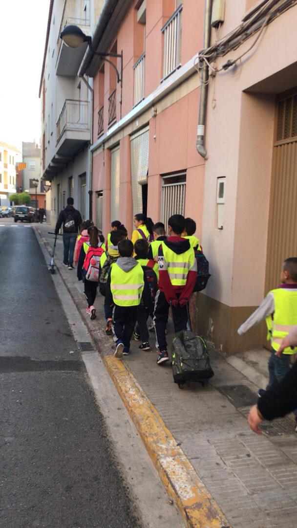 Algemesí posa en marxa el programa Bus a Peu dins els projecte local de camins escolars