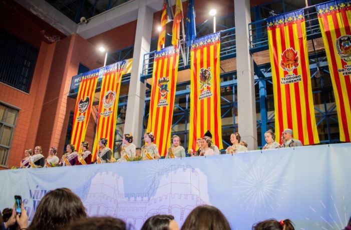 L'Ajuntament de Xirivella i les comissions falleres del municipi signen un acord d'horaris